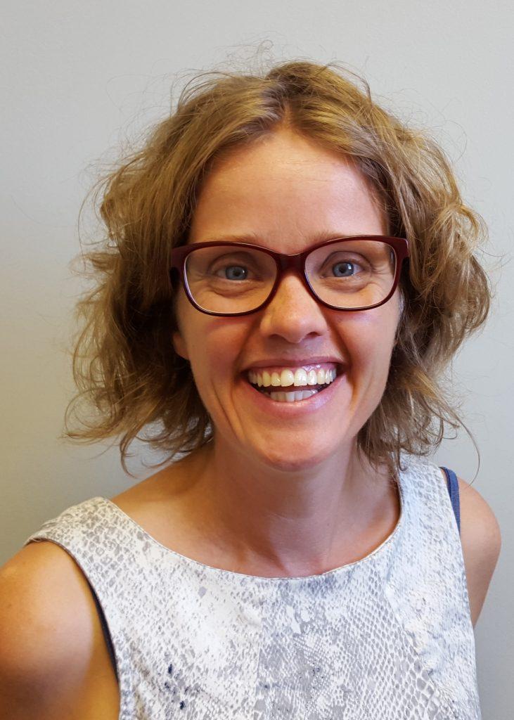 Dr. Jantina De Vries