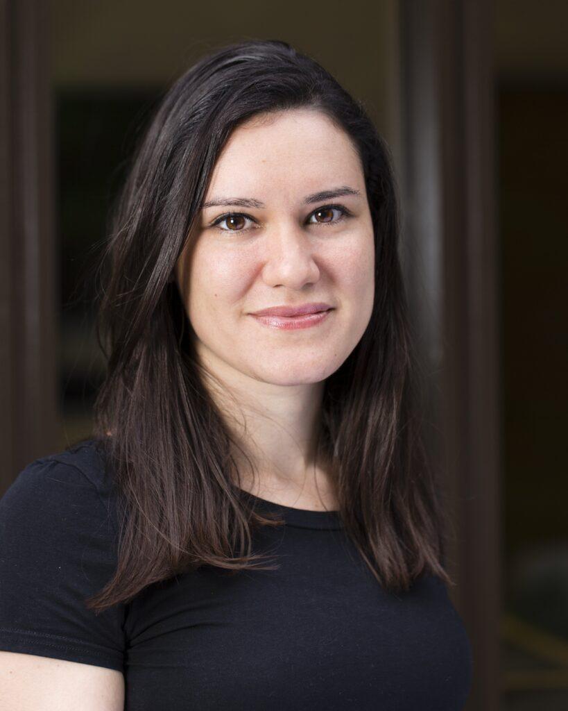 Dr. Gabriela Pavarini